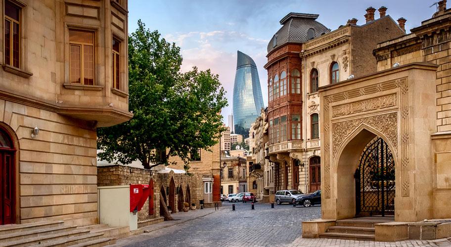 Baku Reise buchen