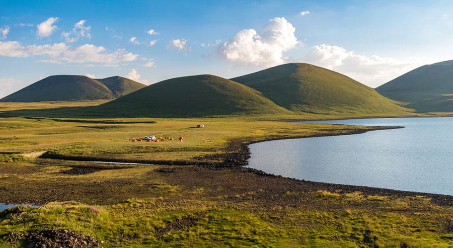 Wanderferien Armenien Akna See